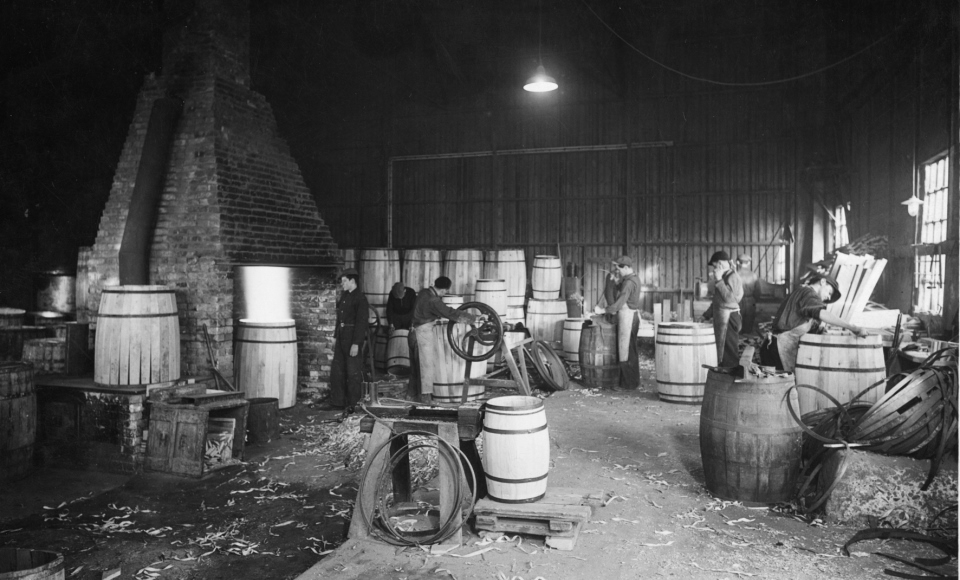 In 1927 the production of barrels started up on the premises to meet the increasing demand.