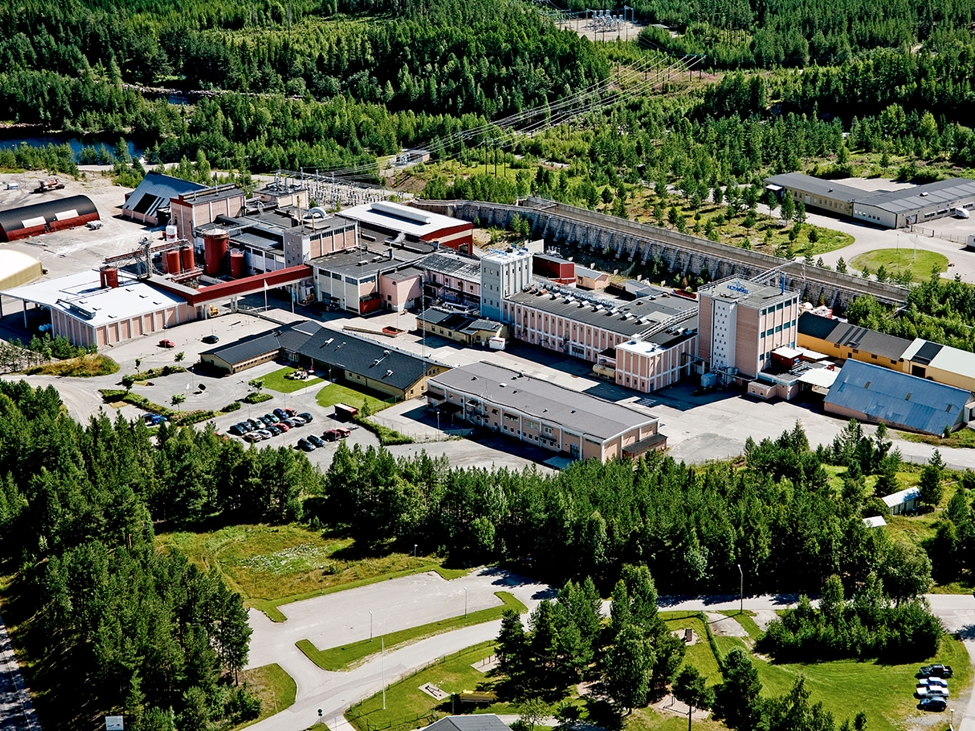 Helicopter view of our unique production site for potassium chlorate in Alby, Sweden. The site is ISO 9001 and ISO 14001 certified and committed to delivering consistent, high quality products. Health, Safety and Environment (HSE) is an integral part of operations.